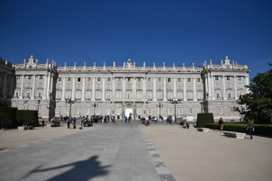 The royal palace from the side.