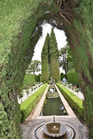 Generalife; the gardens.